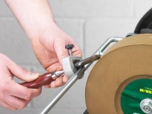 RECORD POWER Vorrichtung für Schnitzwerkzeug